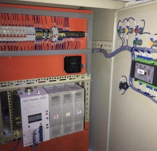 Tủ Điều Khiển Máy Phát Điện Comap10 + ATS